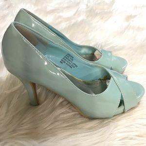 Madden Girl Mint Green Open Toe High Heels sz 5.5